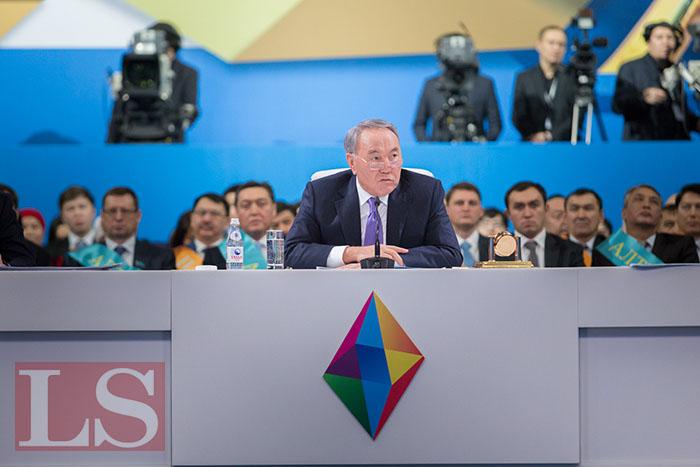 Назарбаев запустил новые предприятия   LS e3a0c7f09e5